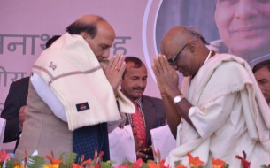 Sri Rajnath Singh, Minister of Home Affairs, sharing a moment with Madhu Pandit Dasa